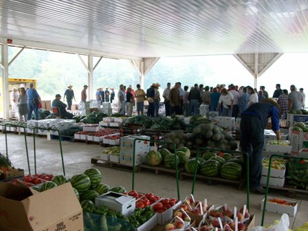 amish produce auction