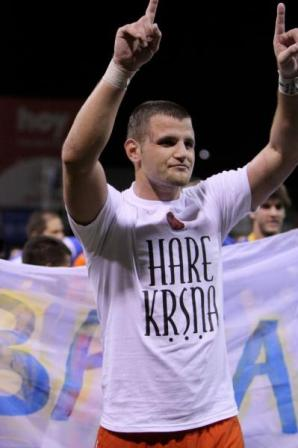 devala celebrates championship